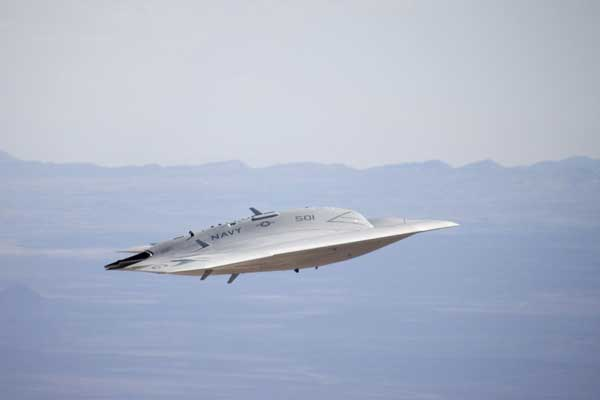 The X-47B UCAS flew with its landing gear up for the first time on September 7, 2011 during a test flight at Edwards AFB, California.  (Credit: Northrop Grumann)